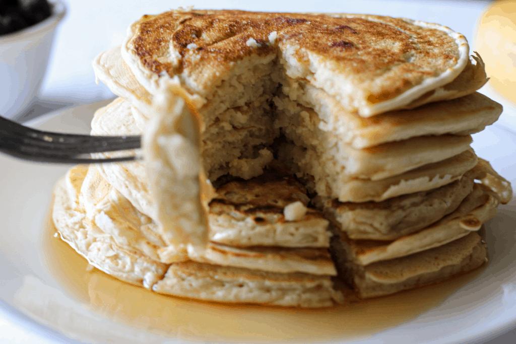 eating easy vegan pancakes